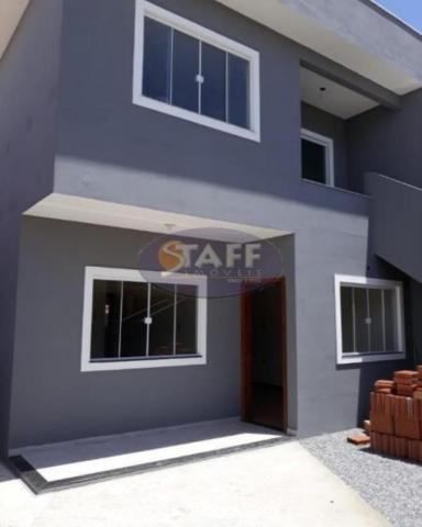 Casas 2 quartos para venda em cabo frio / rj no bairro