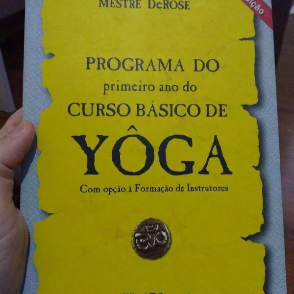 Livro curso básico de yoga da universidade de yoga
