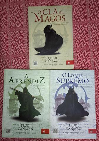 Clã dos magos - trilogia do mago negro