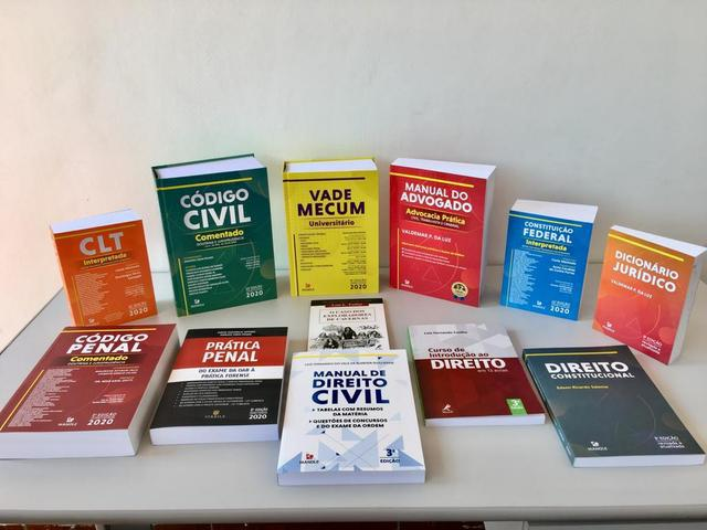 Coleção livro direito 2020