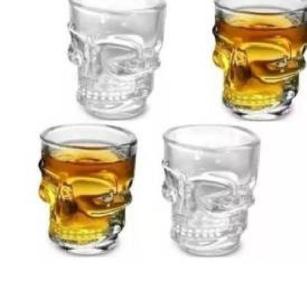 Copinho de shot caveira em vidro 40 ml