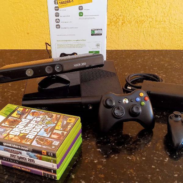 Xbox 360 + 2 controles originais + kinect + jogos originais