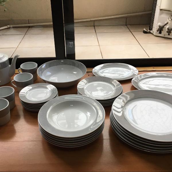 Aparelho de jantar completo 4 pessoas