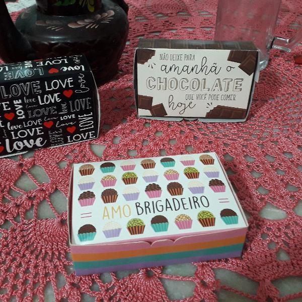 Caixas para presentes e gostosuras
