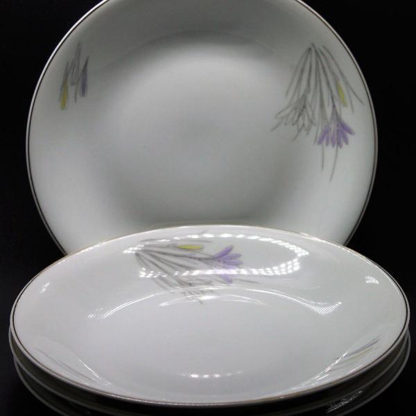 Conjunto de jantar em porcelana - ano 1960