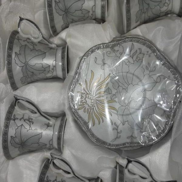Jogo de chá - porcelana