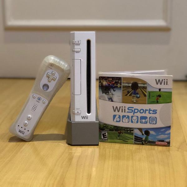 Nintendo wii + 01 console + jogo wii sports