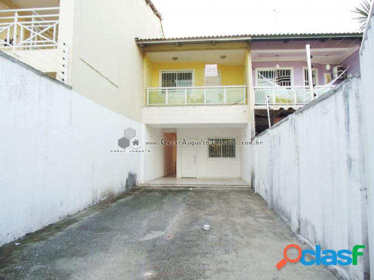 Casa duplex - casa com 3 dorms em fortaleza - lagoa redonda por 200.000,00 à venda
