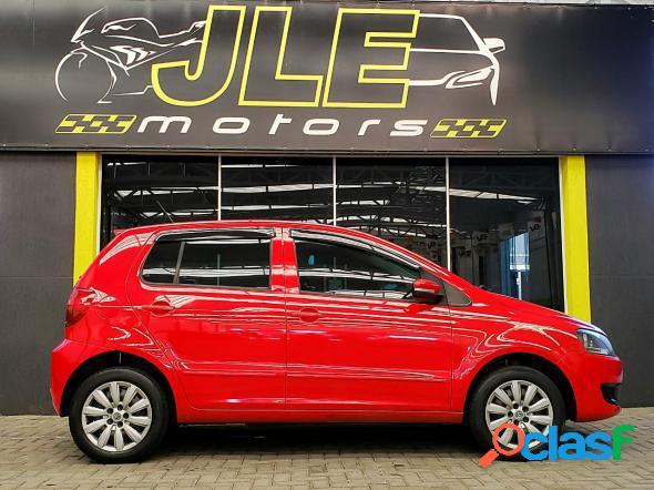 Volkswagen fox 1.0 mi total flex 8v 5p vermelho 2011 1.0 flex