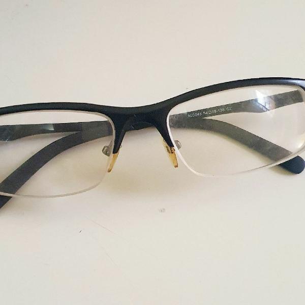 Armaçao de óculos de grau