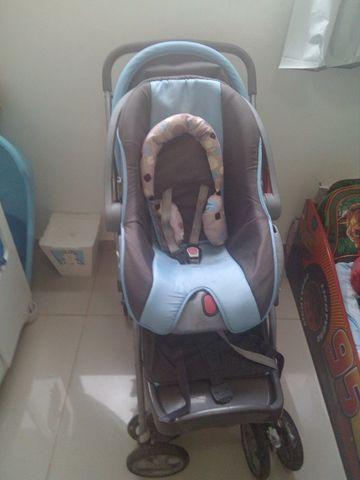 Carrinho de bebê burigotto azul