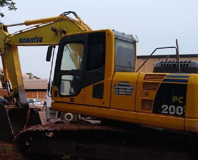 Escavadeira hidráulica komatsu pc200