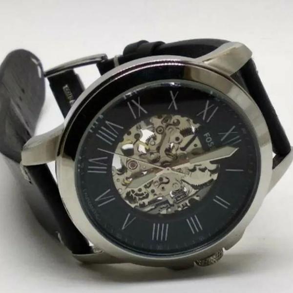 Relógio fossil automático
