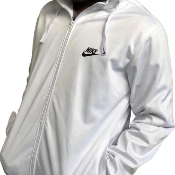 Blusa de frio corta vento nike branca com capuz e forro com
