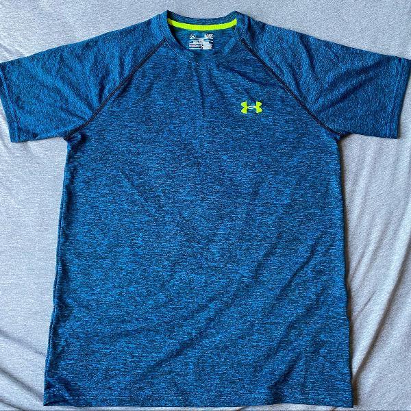 Camisa under armour azul mesclado ideal para exercício