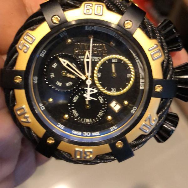 Relógio invicta 21360 dourado cordinha preta grande
