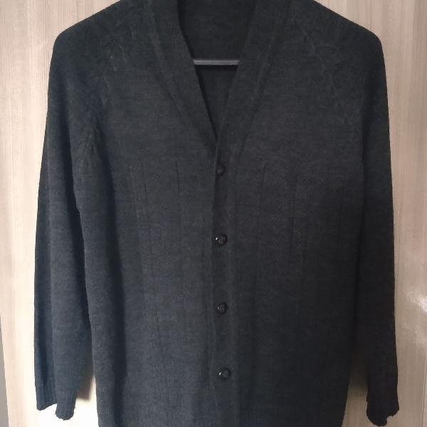 Sweater cinza escuro, blusa de frio