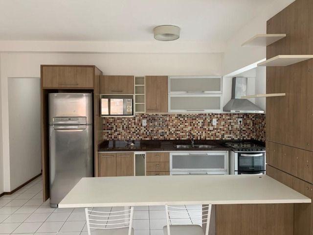 Alugo apartamento mobiliado no metrópolis. por 3.000 reais