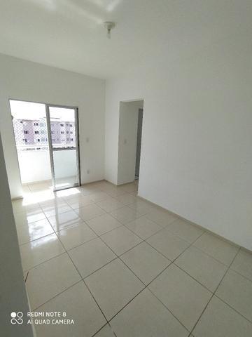 Alugo apartamento no marcos freire 2
