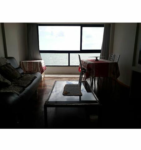 Apartamento em frente ao mar. balneario camboriú. centro
