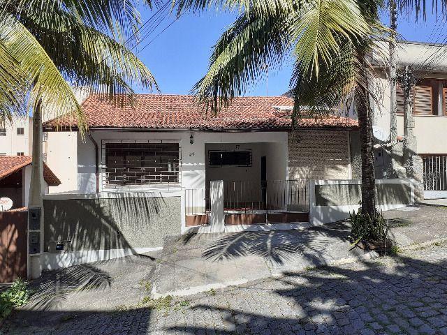 Casa Santa Rosa, 3 quartos em Condomínio(por minha conta)