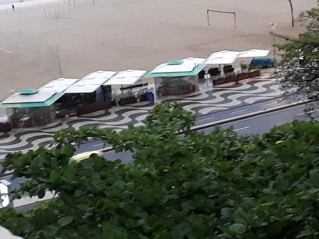 Loft na praia do leme (copacabana)vista para o mar-