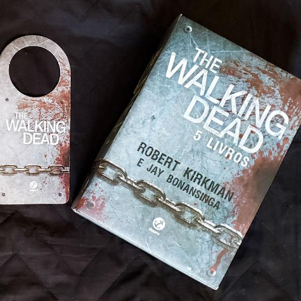 The walking dead box 5 livros novo