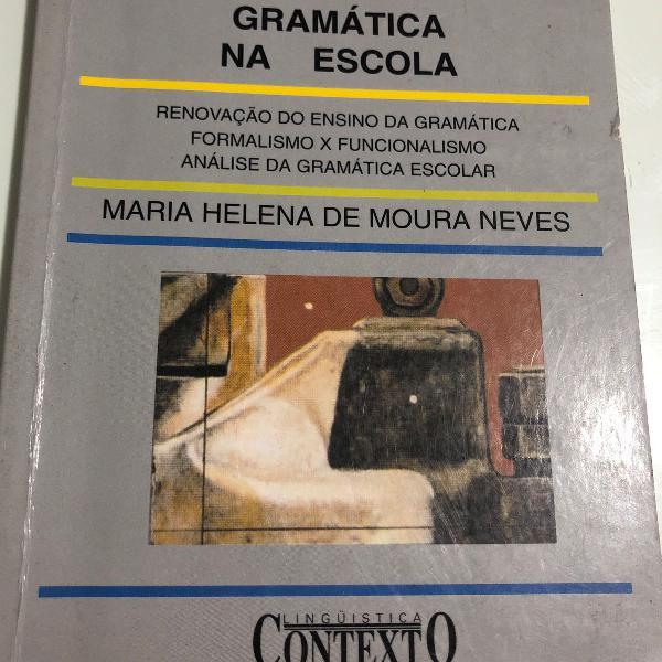Livro gramática na escola