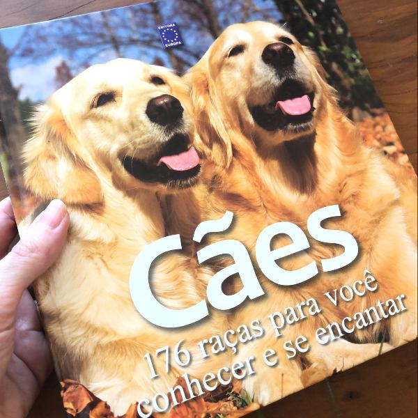 Livro sobre cachorros