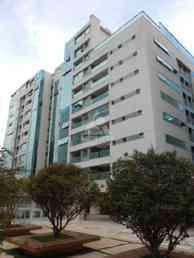 Apartamento com 3 quartos para alugar no bairro