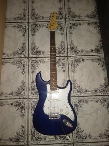 Guitarra giannini stratocaster semi nova
