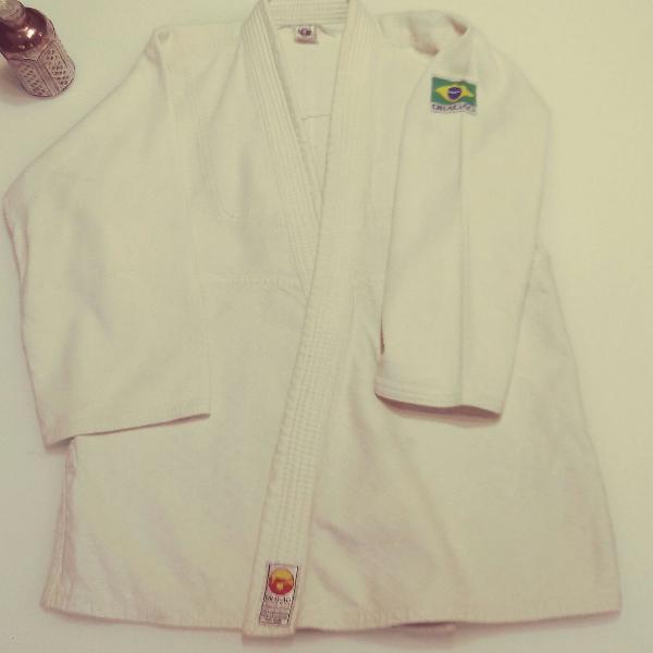 Kimono judô branco dragão