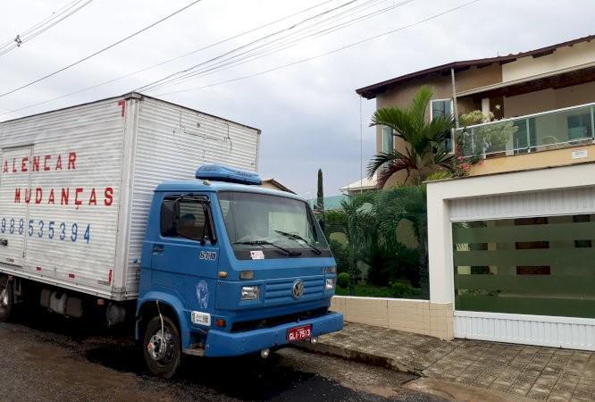 Mudanças de qualidade residenciais comerciais montagem e