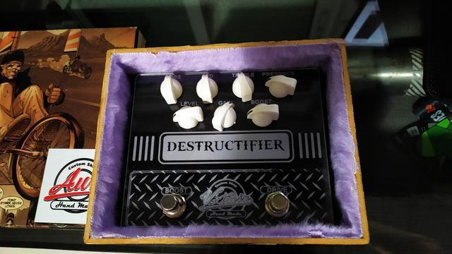 Pedal de guitarra destructifier (raro)