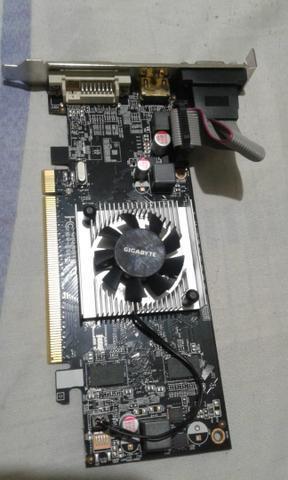 Placa de vídeo amd radeon r5 230 1gb ddr3 64 bit