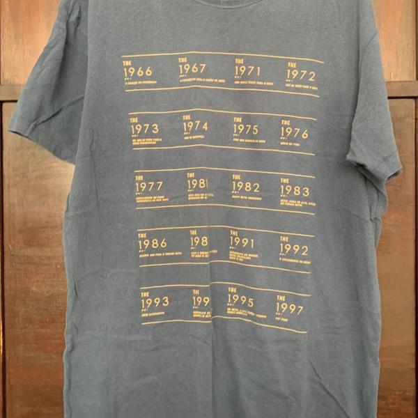 Camiseta capi, estampa exclusiva, tamanho m
