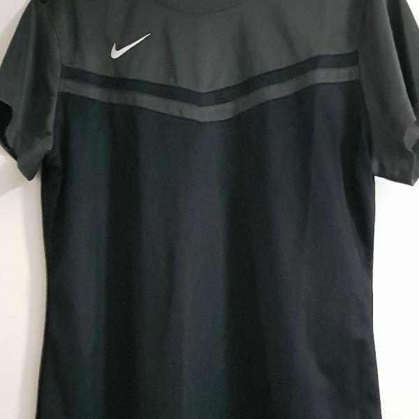 Camiseta nike dry fit feminina