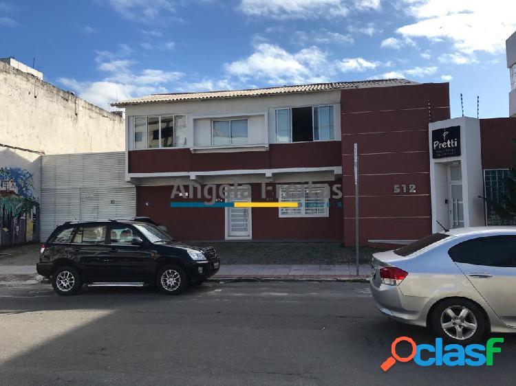 Imóvel comercial no centro de vila velha com 657,56 m² de área total