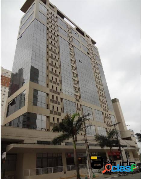 Sala Comercial 33m² para venda em Barueri.