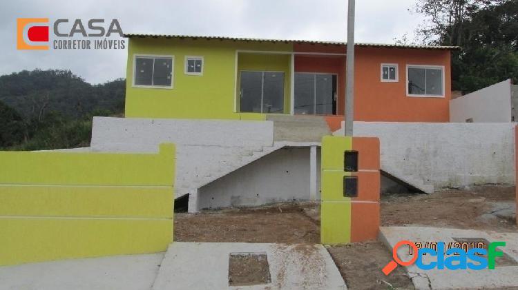 Casa com 2qts em São José com boa localização!