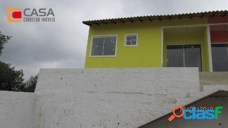 Casa com 2qts em São José com boa localização! 1