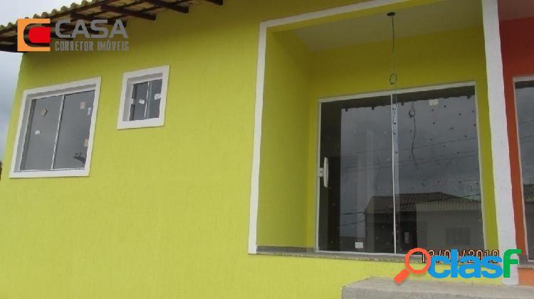 Casa com 2qts em São José com boa localização! 2