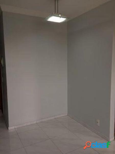 Apartamento com 2 quartos à venda na vila alpina.