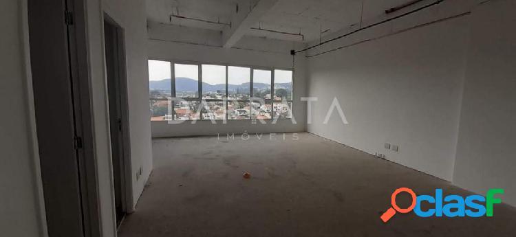 Sala comercial Alpha Offices 47m², 1 vaga, 2 banheiros