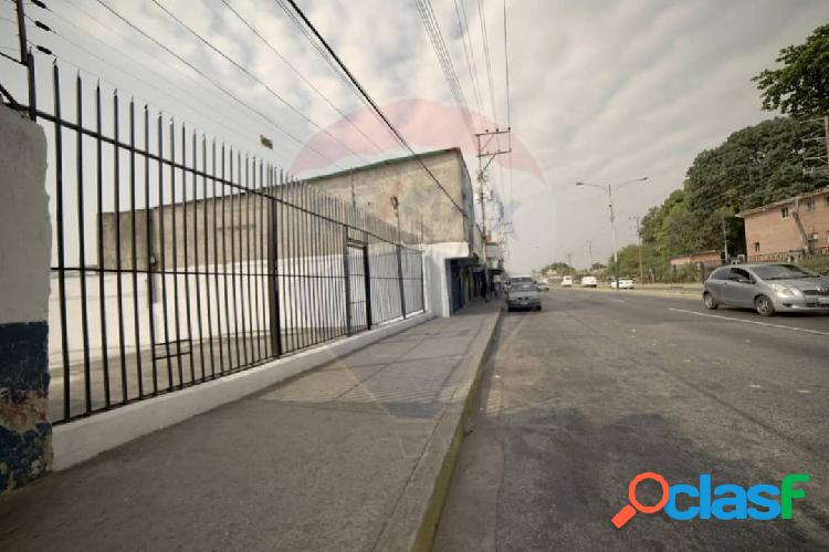 Local comercial en venta av. lisandro alvarado valencia 500 metros