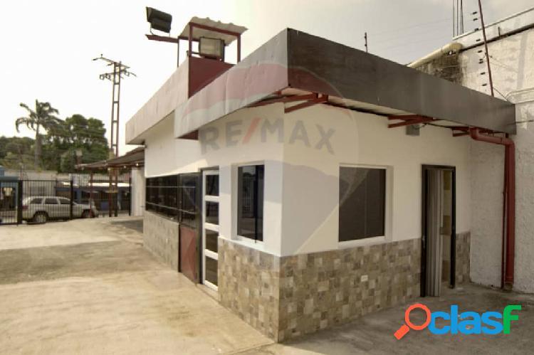 Local Comercial En Venta Av. Lisandro Alvarado Valencia 500 Metros 2