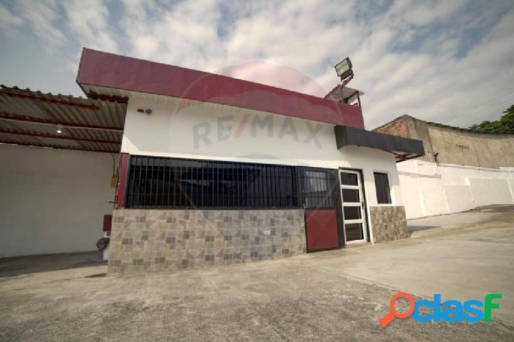Local Comercial En Venta Av. Lisandro Alvarado Valencia 500 Metros 3
