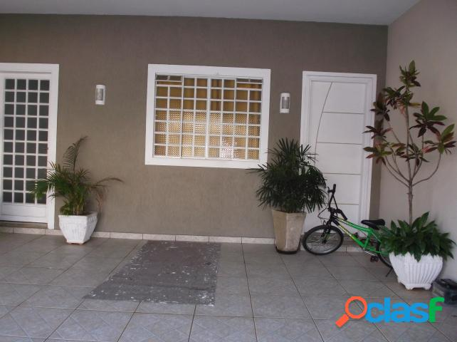 Casa - Venda - Araras - SP - Jardim Jose Ometo