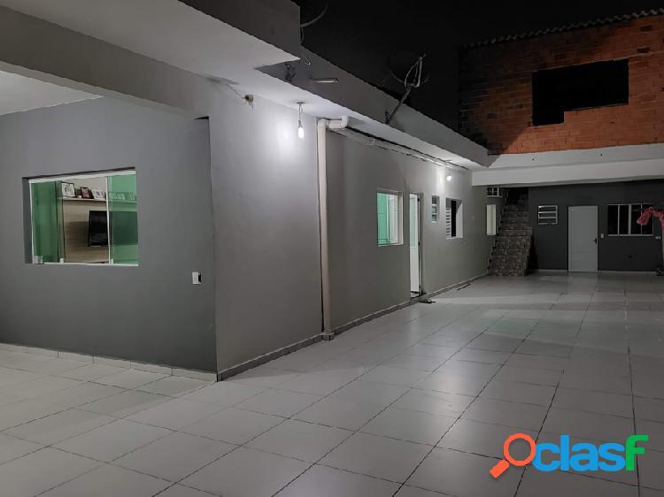 Casa - Aluguel - Itaquaquecetuba - SP - Jardim Adriana)
