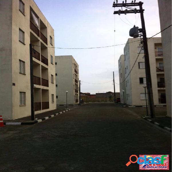 Apto 2 dormitórios,entrada 50mil + parcelas em mongaguá na mendes casas